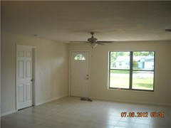 86 livingroom